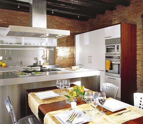 Room, Interior design, Table, Furniture, Ceiling, Floor, Glass, Interior design, Tableware, Dining room,