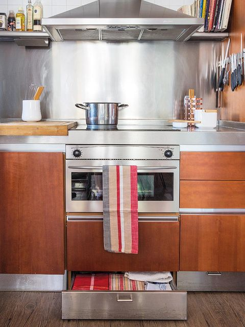 Room, Kitchen, Home appliance, Kitchen appliance, Small appliance, Grey, Wood stain, Major appliance, Kitchen appliance accessory, Plywood,