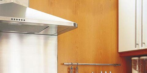 Kitchen, Major appliance, Room, Kitchen stove, Home appliance, Stove, Gas stove, Kitchen appliance, Cooktop, Kitchen appliance accessory,