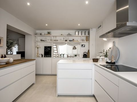 Countertop, Room, Property, White, Cabinetry, Furniture, Kitchen, Interior design, Building, Ceiling,