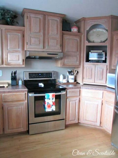 Wood, Room, Major appliance, Property, Home appliance, Kitchen appliance, Floor, Flooring, Furniture, Wood stain,