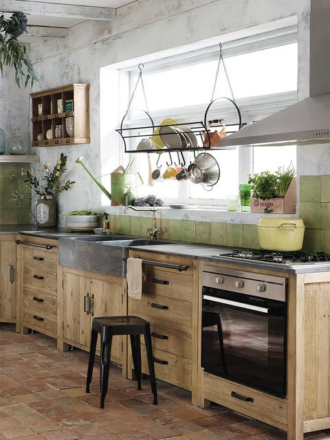 Wood, Room, Drawer, Interior design, Furniture, Home, Cabinetry, Floor, Ceiling, Light fixture,