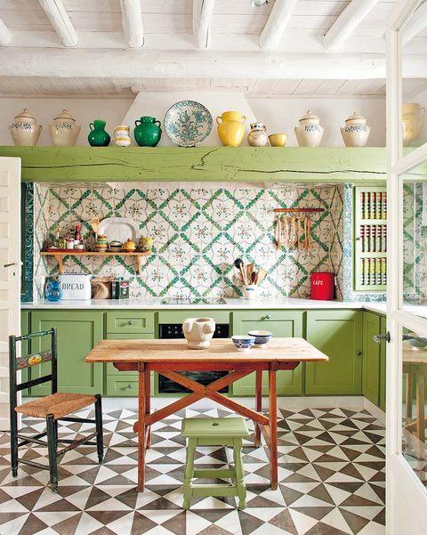 cocina verde con comedor