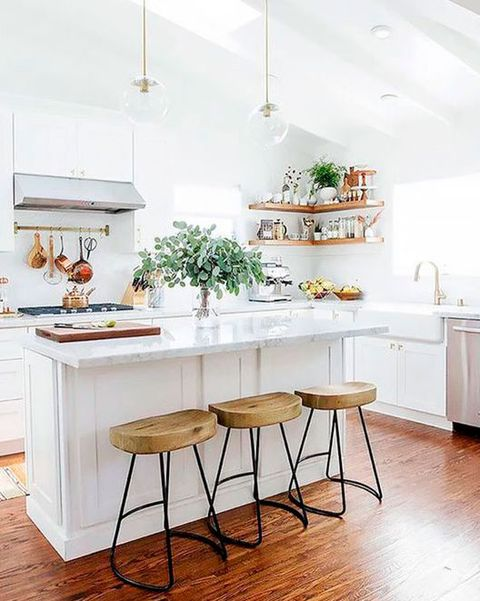 cocina blanca con isla