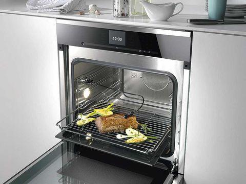 Serveware, Major appliance, Kitchen appliance, Home appliance, Kitchen appliance accessory, Gas, Oven, Recipe, Cooking, Kitchen,