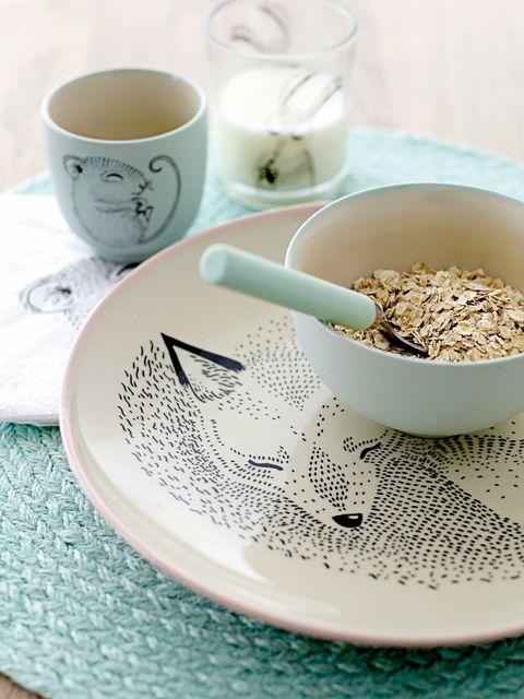 Serveware, Dishware, Cup, Drinkware, Ingredient, Porcelain, Tableware, Ceramic, Coffee cup, Teacup,