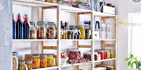 Shelving, Shelf, Tablecloth, Dishware, Home accessories, Collection, Freezer, Food storage containers, Linens, Food storage,