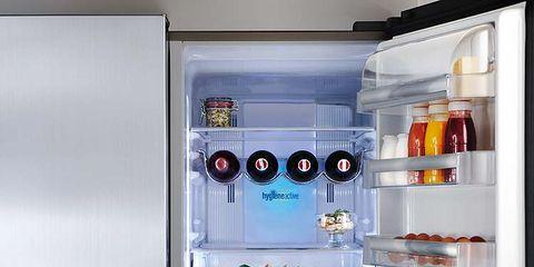 Major appliance, Kitchen appliance, Freezer, Home appliance, Refrigerator, Machine, Small appliance, Shelving, Kitchen appliance accessory, Silver,