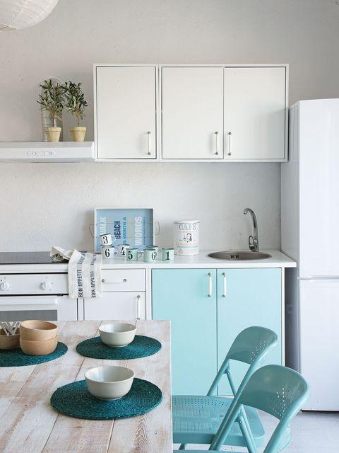 Room, Serveware, Dishware, White, Interior design, Furniture, Teal, Turquoise, Aqua, Cabinetry,