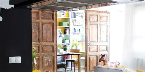 Interior design, Room, Dishware, Ceiling, Serveware, Kitchen utensil, Door, Interior design, Light fixture, Mixing bowl,