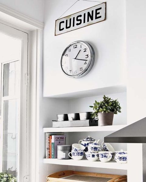 Room, Wall, Shelving, Interior design, Interior design, Wall clock, Fixture, Porcelain, Shelf, Grey,