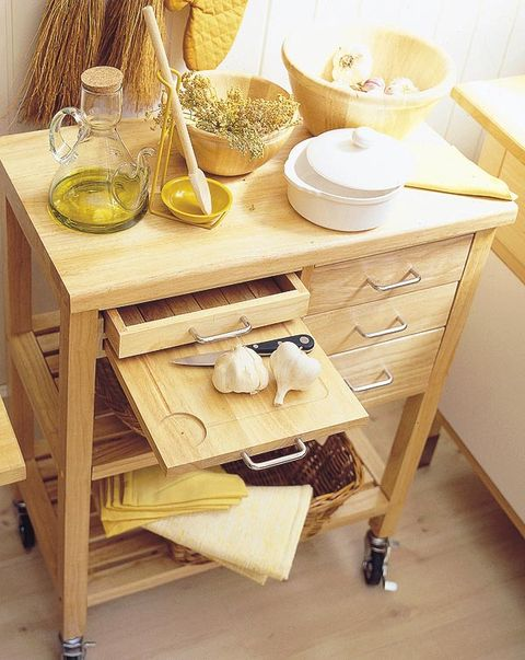 Wood, Serveware, Dishware, Tableware, Hardwood, Porcelain, Drawer, Plywood, Bowl, Cabinetry,