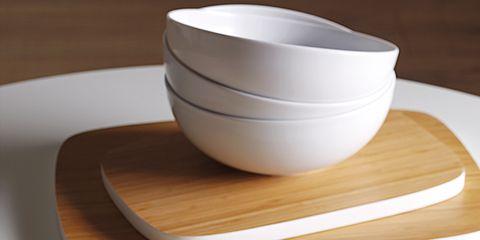 Serveware, Dishware, Porcelain, Ceramic, Tableware, Kitchen utensil, Drinkware, Pottery, earthenware, Mixing bowl,