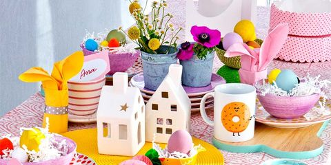 Party supply, Serveware, Pink, Purple, Dishware, Lavender, Sweetness, Home accessories, Linens, Decoration,