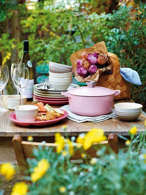 Serveware, Dishware, Drinkware, Bottle, Table, Tableware, Glass bottle, Meal, Dish, Home accessories,