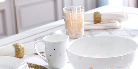 Serveware, Dishware, Drinkware, Porcelain, White, Glass, Tableware, Ceramic, Cup, Kitchen utensil,