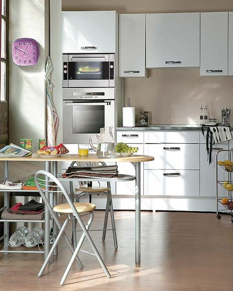 Room, Floor, Interior design, White, Major appliance, Kitchen appliance, Kitchen, Home appliance, Flooring, Kitchen stove,