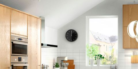 Wood, Room, Floor, Interior design, Property, Flooring, White, Table, Furniture, Home,