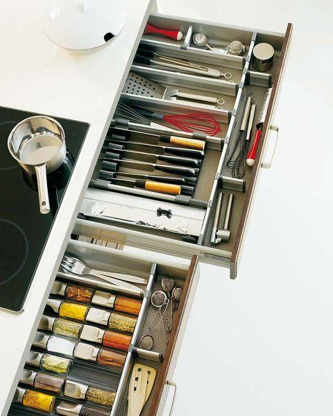 Metal, Kitchen utensil, Machine, Kitchen appliance accessory, Silver, Steel,