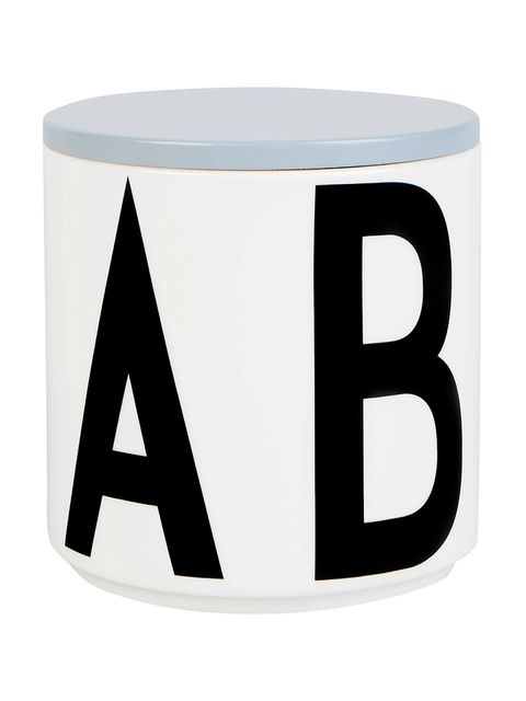 Drinkware, Line, Cup, Serveware, Rectangle, Porcelain, Graphics, Symbol, Circle, Ceramic,