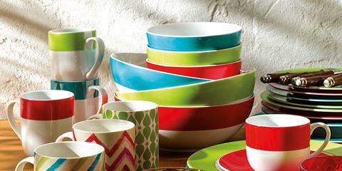 Serveware, Dishware, Green, Drinkware, Cup, Tableware, Porcelain, Teacup, Cup, Ceramic,
