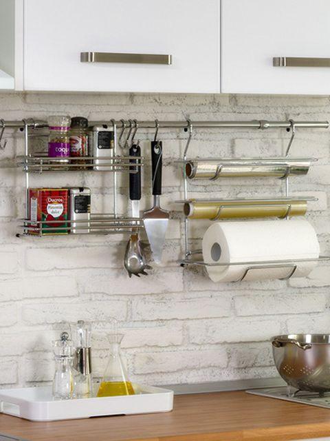 Serveware, Dishware, Wall, Glass, Shelving, Home accessories, Interior design, Porcelain, Bottle, Kitchen utensil,
