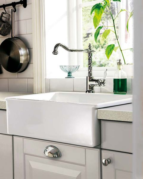 Product, Room, Plumbing fixture, Green, Property, Fluid, Wall, Bathroom sink, Interior design, White,