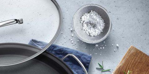 Ingredient, Serveware, Cookware and bakeware, Dishware, Kitchen utensil, Bowl, Lemon, Cutting board, Citrus, Circle,