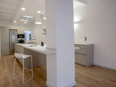 Floor, Wood, Flooring, Product, Room, Interior design, Property, Architecture, White, Countertop,