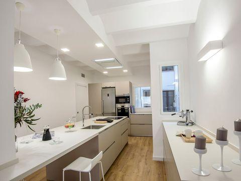 Lighting, Room, Interior design, Property, Floor, Countertop, Ceiling, Wall, Flooring, Plumbing fixture,