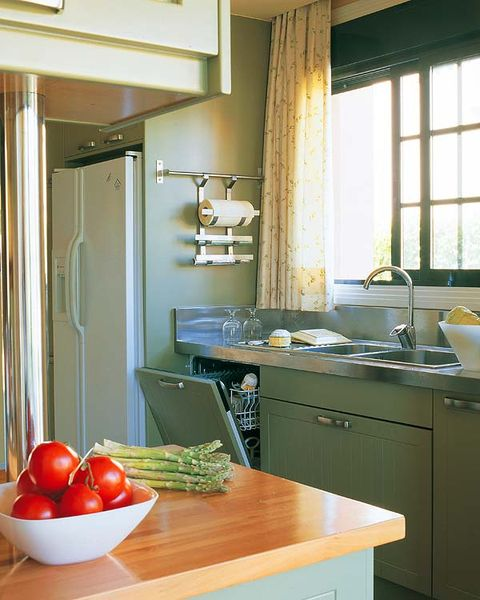 Room, Lighting, Interior design, Ceiling, Kitchen, Countertop, Cabinetry, Produce, Drawer, Fruit,