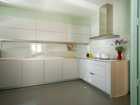 Room, Floor, Property, Interior design, Flooring, White, Line, Kitchen, Ceiling, Cabinetry,
