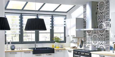 Room, Floor, Interior design, Wood, Green, Flooring, Furniture, White, Home, Table,