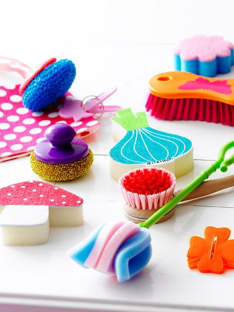 Sweetness, Cupcake, Food, Ingredient, Dessert, Cuisine, Pink, Baked goods, Confectionery, Cake decorating supply,