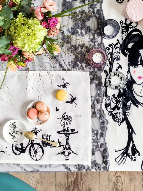 Bouquet, Creative arts, Cut flowers, Flower Arranging, Peach, Illustration, Floral design, Bicycle wheel, Artificial flower, Bicycle frame,