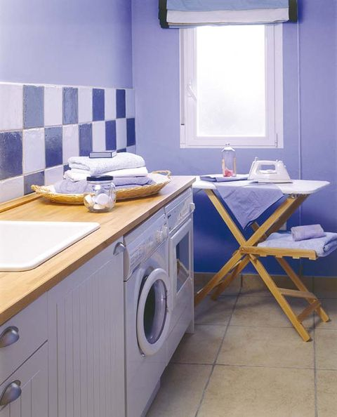 Room, Property, Interior design, Plumbing fixture, Wall, Bathroom sink, Floor, Tap, Cabinetry, Sink,
