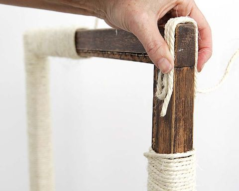 Finger, Wood, Thumb, Household hardware, Security, Hardware accessory, Rope,