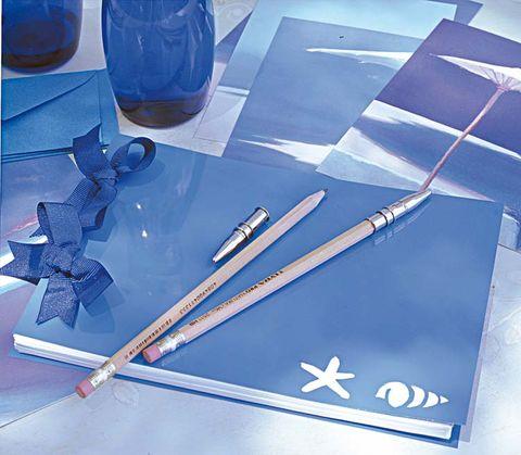 Liquid, Fluid, Aerospace engineering, Drink, Drinkware, Airplane, Aircraft, Electric blue, Parallel, Cobalt blue,
