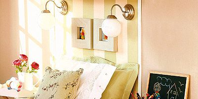 Room, Interior design, Textile, Bed, Wall, Linens, Bedding, Lampshade, Bedroom, Furniture,