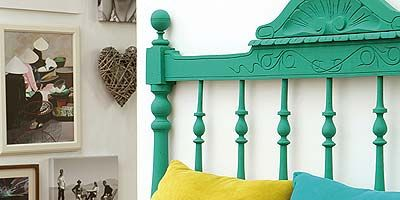Green, Brown, Yellow, Room, Wall, Interior design, Teal, Turquoise, Aqua, Pillow,
