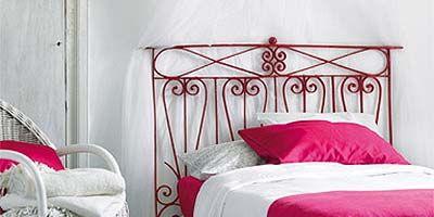 Product, Room, Bed, Property, Textile, Bedding, Interior design, Bedroom, Furniture, Linens,
