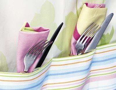 Dishware, Textile, Pink, Napkin, Kitchen utensil, Linens, Cutlery, Purple, Serveware, Lavender,