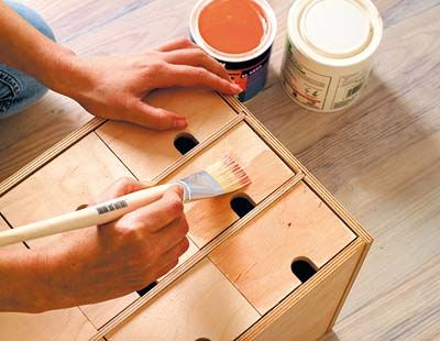 Finger, Wood stain, Nail, Stationery, Paint, Plywood, Thumb, Varnish, Peach, Writing,