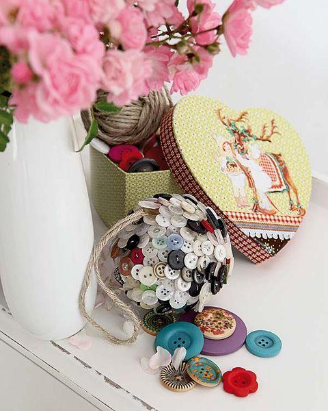 Petal, Pink, Flower, Cut flowers, Flowering plant, Creative arts, Flower Arranging, Floral design, Artificial flower, Bouquet,