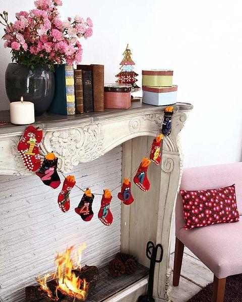 Room, Interior design, Flowerpot, Interior design, Christmas decoration, Home, Decoration, Ornament, Creative arts, Living room,