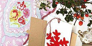 Petal, Carmine, Present, Creative arts, Floral design, Paper product, Symbol, Cut flowers, Greeting card, Craft,