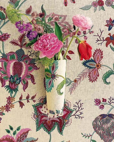 Petal, Flowering plant, Botany, Magenta, Creative arts, Floral design, Illustration, Vase, Plant stem, Pedicel,