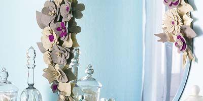 Serveware, Petal, Pink, Flower, Room, Lavender, Interior design, Purple, Porcelain, Flowering plant,