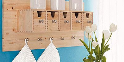 Blue, Room, Serveware, Dishware, Interior design, Glass, Wall, Turquoise, Tableware, Teal,