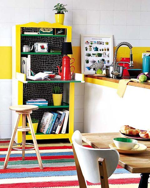 Shelving, Dishware, Kitchen utensil, Shelf, Serveware, Mixing bowl, Carpet, Meal, Bowl, Kitchen appliance,